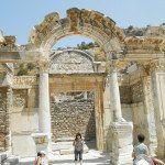 Éphèse - Temple d'Hadrien